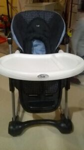 Excellent condition Safety 1st Lux High Chair