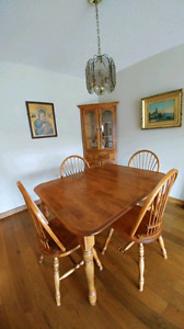 Solid Wooden Dinning Table set with Extension