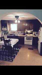 DEC 1ST~ GLENHOME~ House For Rent