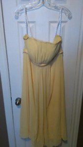 Formal dress, size 18 (fits 16)