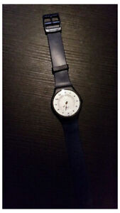 Swatch SKIN watch in blue color