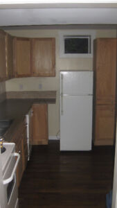 RENOVATED MODERN BASEMENT BACHELOR SUITE- AVAILABLE OCT 1ST