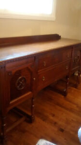 Antique Sideboard/Buffet West Island Greater Montréal image 3