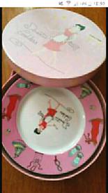 New Porcelain plates set