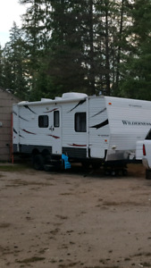 24ft Fleetwood BH Travel Trailer