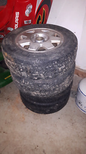 13 inch P185/7OR13 85S summer tires on rims