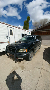 2001 Ford Expedition awd / 4x4 suv 7 seater