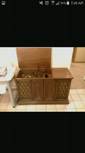 Looking for old Radios & Record Players
