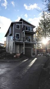 Brand new 3 level single family strata home for rent