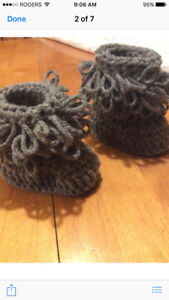 Crochet baby Uggs and Crochet Baby Blankets
