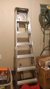 8ft Featherlite Heavy Duty Ladder 300lbs
