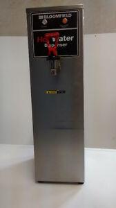 Distributrices à eau chaude