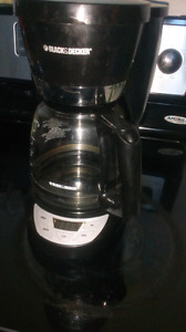 Black and Decker coffee maker and carrafe