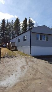 3 bedroom home in Sangudo Alberta , just pay power !
