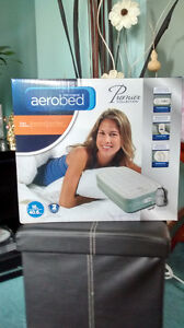 AeroBed Premier Collection Twin Mattress