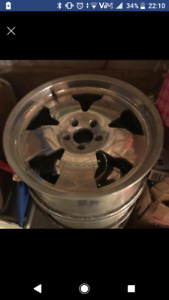 20 inch mags bolt pattern 5x127 with tires 255/50r20