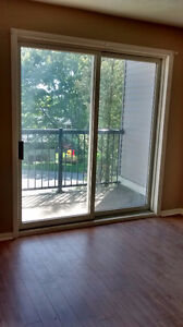 East - 1 bedroom with balcony - May 15/June 1st