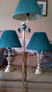 3 Piece lamp set - excellent condition. - beautiful. Must see.