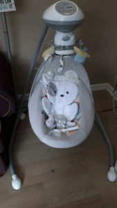 Fisher Price Snugapuppy Dreams Cradle & Swing