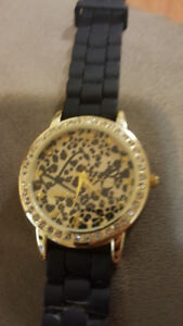 Claire's Gold and Diamond Stainless Steel watch