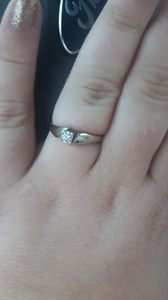 Size 10 18k white gold .48 solitaire engagement ring