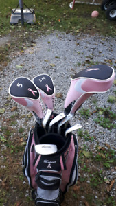 Right Handed Pink & White Golf Clubs