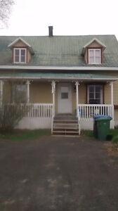 Maison à louer à St-Nicolas