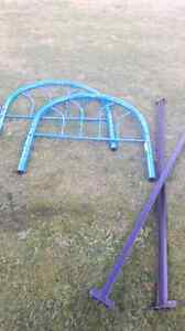 Metal bed frame excellent condition  Prince George British Columbia image 1