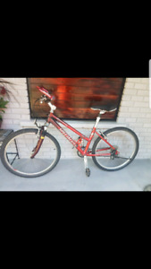 Women mountain specialized bike $150