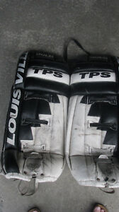 Louisville TPS Gold Goalie Pads Kitchener / Waterloo Kitchener Area image 1
