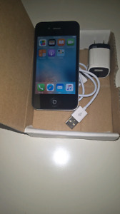 Original iphone 4s  $75;boite,chargeur,comme neuf