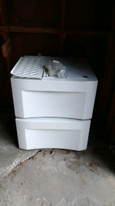 2 pedestals for washer and dryer-$50.00