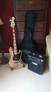 Squier Jazz Bass Vintage Modified w/ Fender Rumble 15 Amp & bag