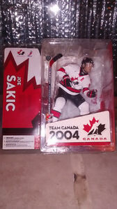 McFarlane Joe sakic figure 2004