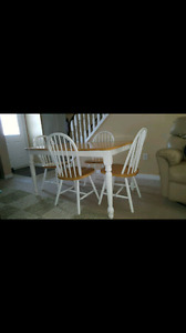 Solid wood dining/ kitchen set