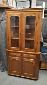 Pine Corner display unit