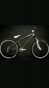 Haro street reserve 8 street bike. Neuf. New.