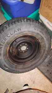 4 rims and tire 235/75r15 WINTERS West Island Greater Montréal image 1