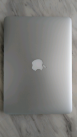 Macbook pro 13inch 2014 i5 8gb 256ssd