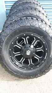 4 NEW TR2 BLACK AND MACHINED WHEELS AND TIRES  LT285/70/17