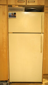 SELL FRIDGE - works perfectly