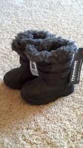 """""""Gap"""" brand child's snow boots for sale"""