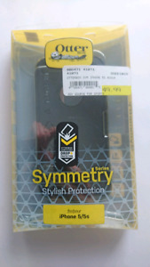 Black otterbox for iPhone 5/5s brand new