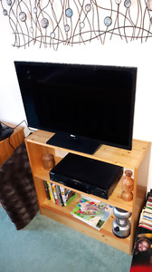"""RCA 32"""" Television  With Built In DVD Player"""
