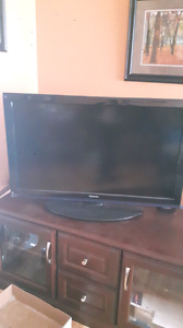 "40"" Toshiba TV (WANT GONE ASAP)"