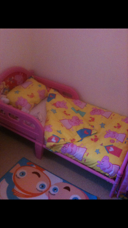 designer fashion dcffb 41ab5 Pink peppa pig toddler bed with mattress and all the bedding | in Ripley,  Derbyshire | Gumtree