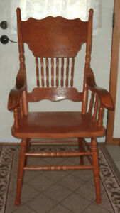 Oak Dinning Room Press Back Arm Chair