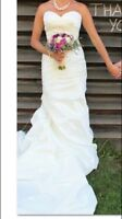 Elegant Wedding Dress For Sale - Make an Offer!