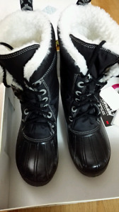 Roxy isolated women's boots size 8 black