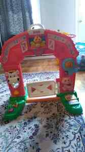 Fisher price farm/ferme